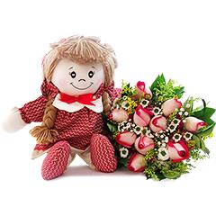 Resgatando os doces costumes da velha infância, temos uma bonequinha de pano com detalhes em vermelho e um lindo bouquet misto de flores nos mesmos tons.