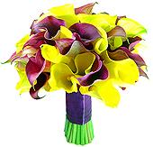 Mix de Callas amarelas e lilases compõem este maravilhoso bouquet de noiva