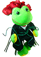 Um sugestivo sapo príncipe que vai encantar seu amor. Acompanha um bouquet com dez rosas nacionais tipo exportação vermelhas.