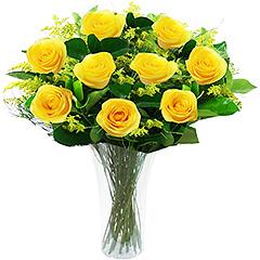 Doze lindas rosas nacionais amarelas em vaso de acrilico.